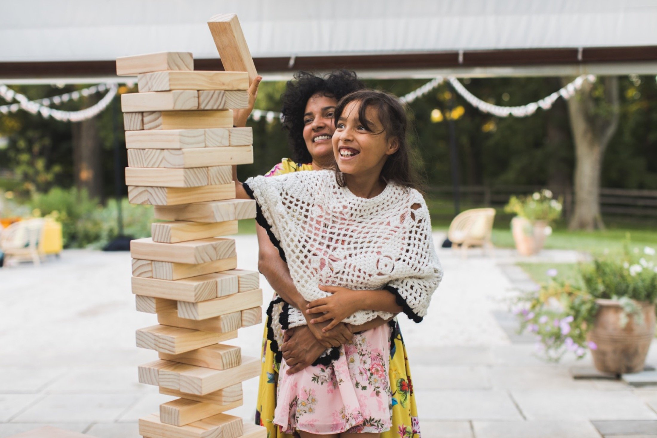 oversized, Jenga, wedding