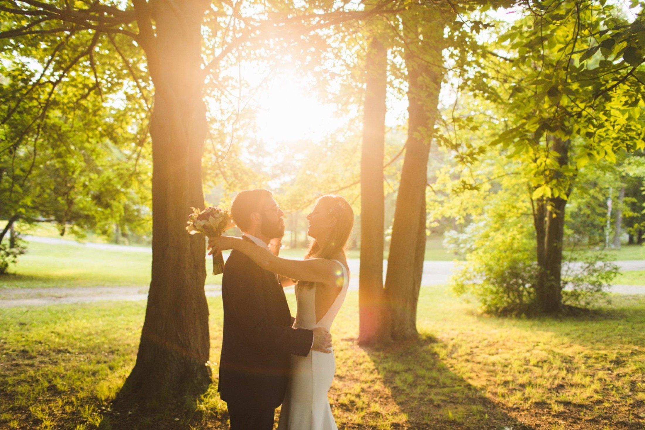 intimate wedding, Philadelphia, backyard